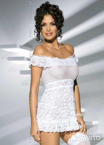 фото чулки сквозь прозрачное платье