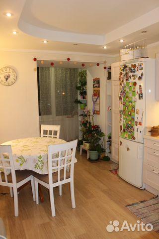 Продается трехкомнатная квартира за 9 250 000 рублей. Комендантский проспект, 7к1.