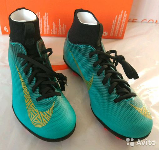 c6ac23ff Новые детские футбольные бутсы с носком Nike 38 купить в Москве на ...