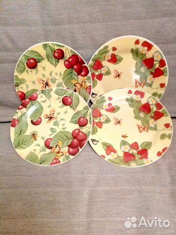 Столовые тарелки 4 шт