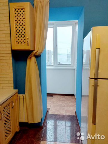 3-room apartment, 100 m2, 2/5 floor. buy 6