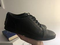 Кроссовки — Одежда, обувь, аксессуары в Москве