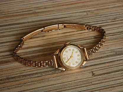 Стоимость женские часы волга медведева стоимость часов