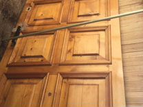 Дверь деревянная из массива