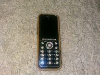 Телефон Louis Vuitton