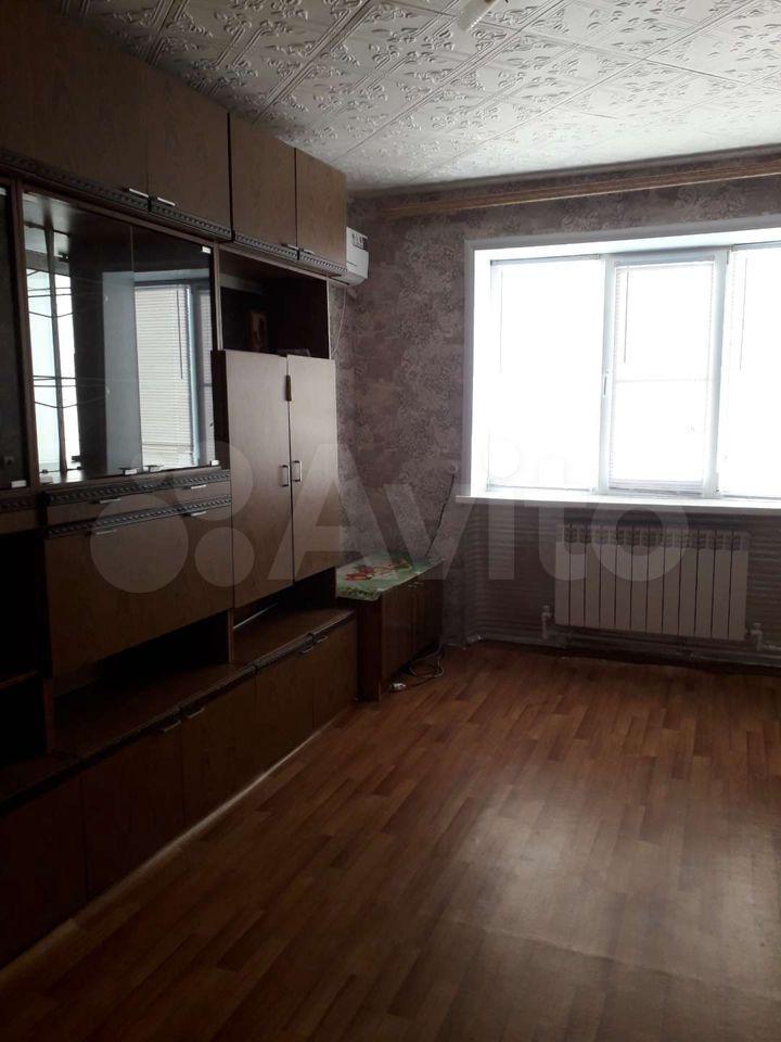 3-rums-lägenhet 50 m2, 1/2 FL.  89615464772 köp 3